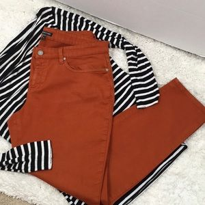 Eileen Fisher rust ankle jeans + VC top